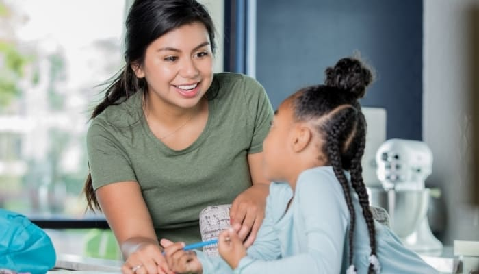 babysitter tutoring child